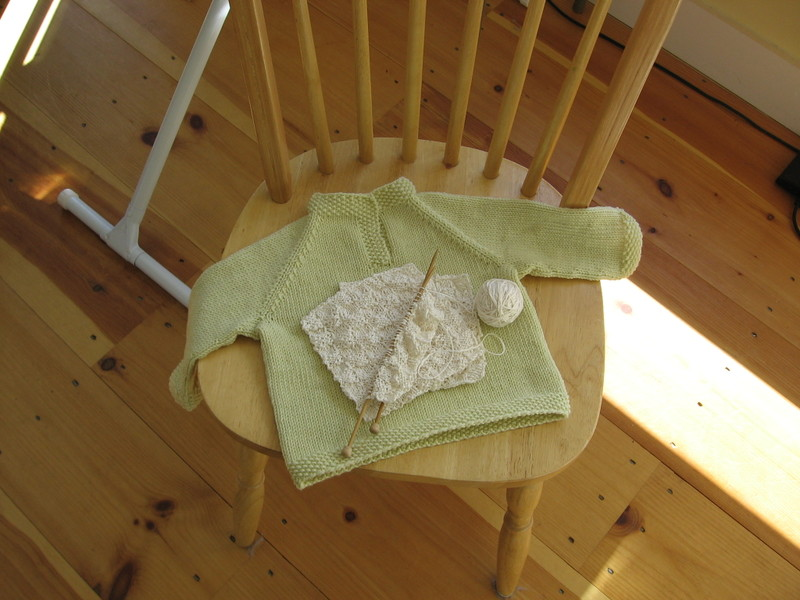 Baby_sweater_green